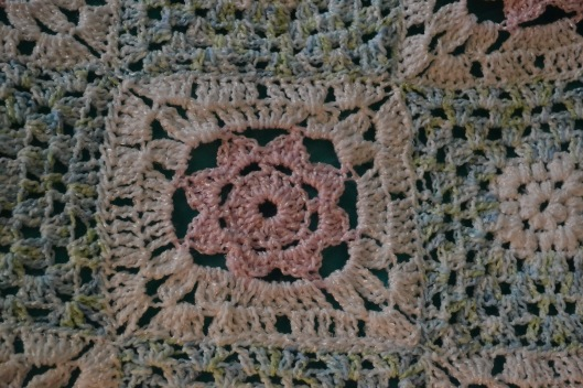 crochet baby girl blanket flower square